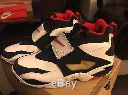 Brand New 2010 Nike Air Diamond Turf Deion Sanders Men Sz 11