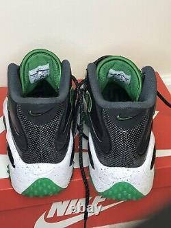 EUC Nike Air Zoom Turf Oregon Ducks workout Shoes-Mens US 10 (Worn Twice)