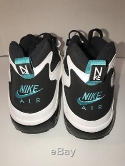 Men's Nike Air Diamond Turf Black/Deep Emerald White 309434-013 Size 14