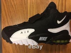 Men's Nike Air Max Speed Turf Oakland Raiders Black White 525225 011