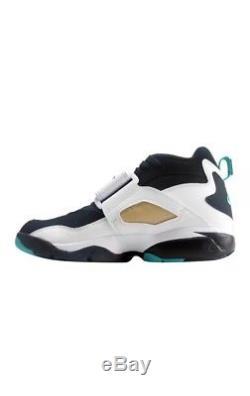 NEW Mens Nike Air Diamond Turf Black/Deep Emerald White 309434-013 Shoes Size 15