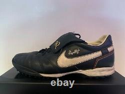 NIKE Ronaldinho R10 TURF Black INDOOR TRAINERS Size 12 11 46