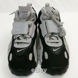 NWOB Nike Air Max Speed Turf Black/Gray/Yellow Men's Shoes 9.5