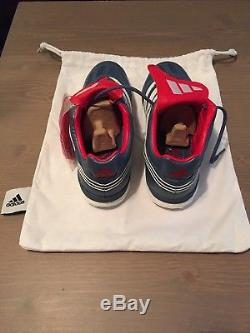 New Adidas predator turf shoes. 8.5 US with travel bag