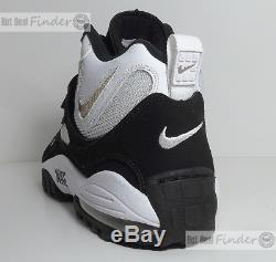 New Nike Air Max Speed Turf = Size 11.5 = White/black Training Shoes 525225-180