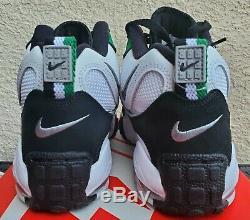 Nike Air Max Speed Turf Mens Shoes SZ 8.5 Philadelphia Eagles White BV1228-100