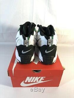 Nike Air Max Speed Turf Mens Shoes Size 13 Philadelphia Eagles White BV1228-100