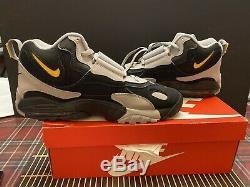 Nike Air Max Speed Turf Training Shoes Black/Grey/Yellow AV7895-001 Men Size 12