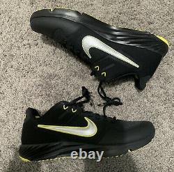 Nike Alpha Huarache Elite 2 Turf Shoes Oregon Ducks CU0149-003 Size 9