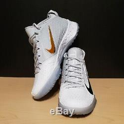 Nike Force Zoom Trout 5 Turf Baseball Size 10 White Iridescent AH3374-101
