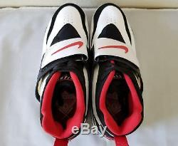 Nike Men's Air Diamond Turf Retro OG Deion Sanders Falcons Size 12 309434-105