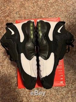 Nike Men's Air Max Speed Turf (525225-011) Black White-Voltag /yellow SZ 8