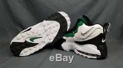 Nike Men's Air Max Speed Turf Sneakers Philadelphia Eagles White Size 9.5 NEW