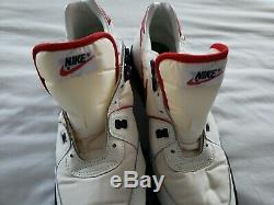 Nike Vintage Retro Size 14 Turf Shoe White Red Black 881202FT