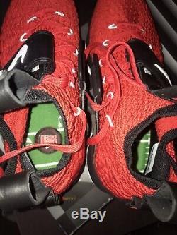 Nike lebron 15 diamond turf Size 10.5 Mens Red Black